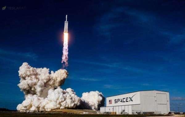 Български имена се носят в Космоса с най-мощната ракета в света